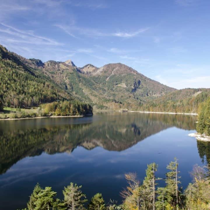 Lake in Idaho boating
