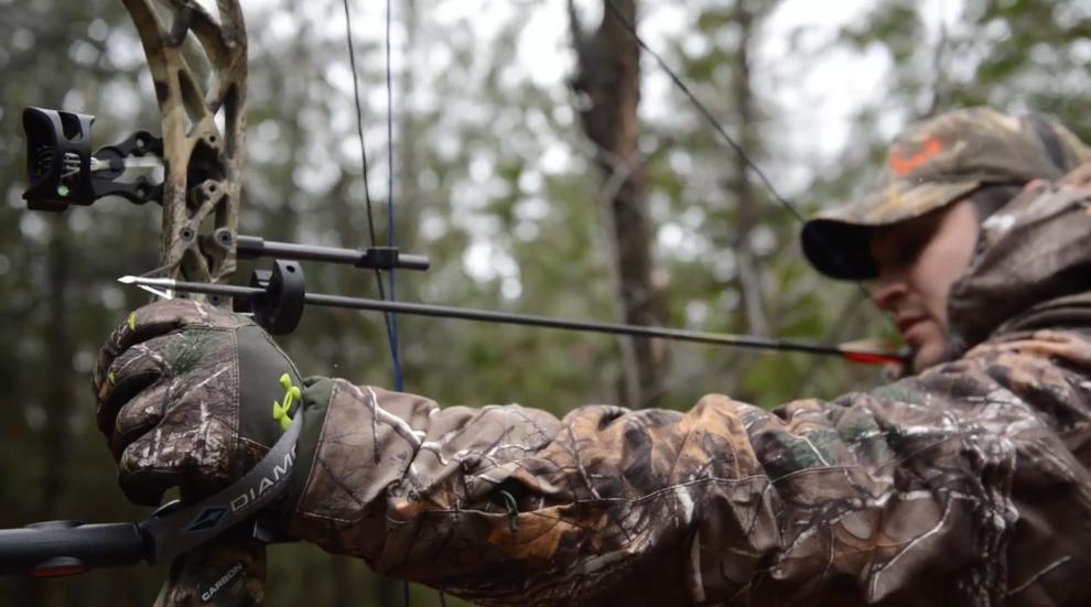 bow-hunter-drawing-bow